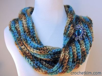 Sea Bling Crochet Cowl