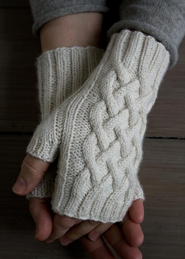 Cable Knit Hand Warmers