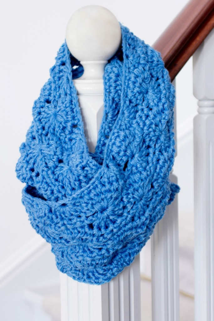 Infinity Love 16 Crochet Scarf Patterns