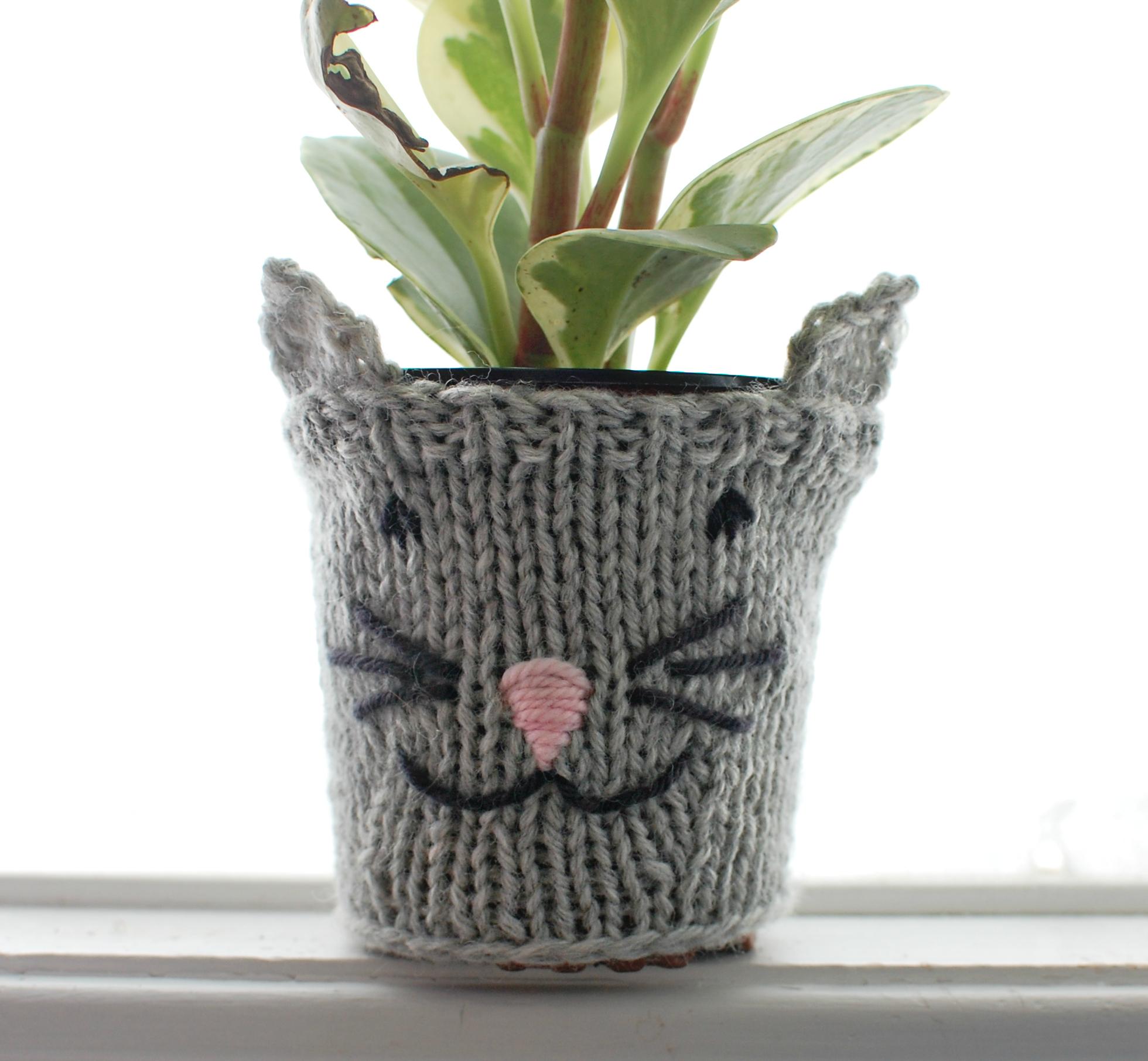 Cat Plant Cozy