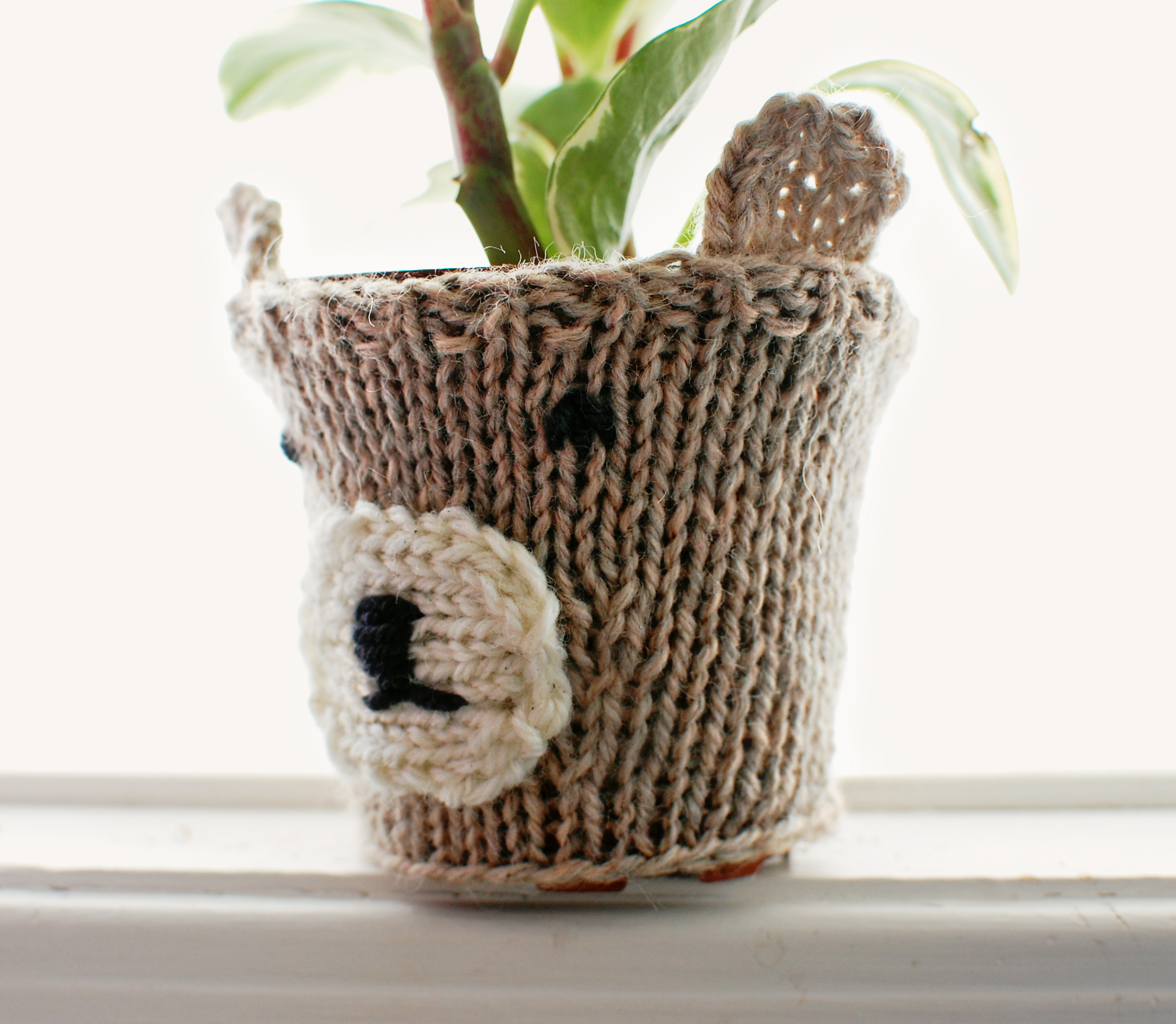 Knitted Bear Plant Cozy