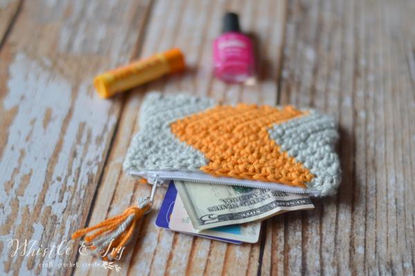 Crochet Chevron Zipper Pouch