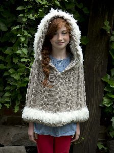 6a849779a 14 Popular Knit and Crochet Ponchos: Free Patterns! - Stitch and Unwind